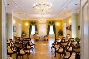 Усадьба Кусково. Белый зал Итальянского домика