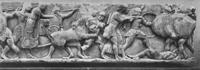 Гигантомахия. Часть северного фриза сокровищницы сифносцев в Дельфах. VI в. до н.э. Дельфы, Музей