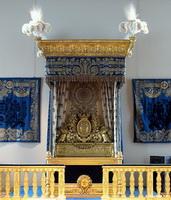 Синяя королевская спальня в Лувре