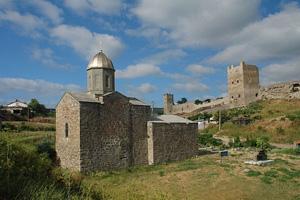 Феодосия. Генуэзская крепость и церковь Иоанна Предтечи