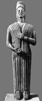 Женщина с гранатом. Мрамор. Ок. 575 до н.э. Античное собрание. Берлин