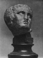 Скопас. Голова раненого воина с западного фронтона храма Афины Ален в Тегее. Мрамор. I п. IV в. до н.э. Афины. Национальный музей