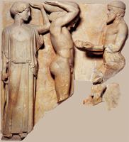Геракл и Атлант. Метопа. Храм Зевса в Олимпии. 470-450 г до н.э. Олимпия, музей.jpg