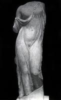 Афродита в садах. Конец V в. до н.э. Мраморная копия. Рим. Музей Терм